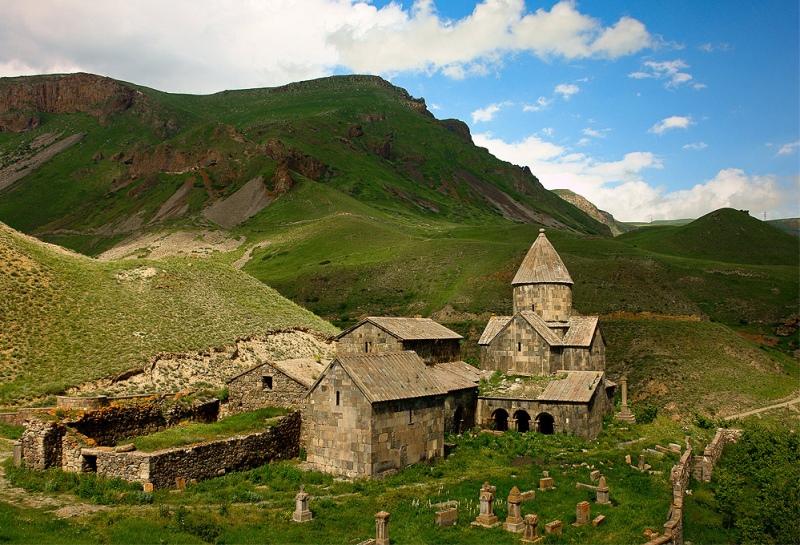 Vorotnavank-monastery