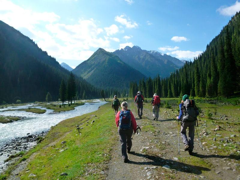 Tien-Shan-Mountains---Kyrgyzstan_Adam-Juniper