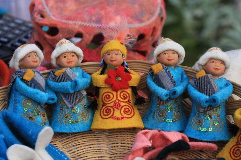souvenirs -1 by Vlad Ushakov
