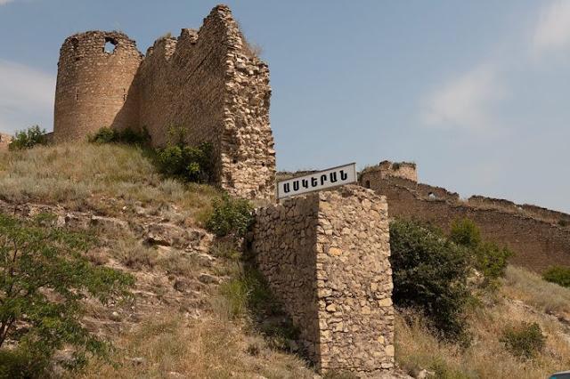 Aparan, Armenia1