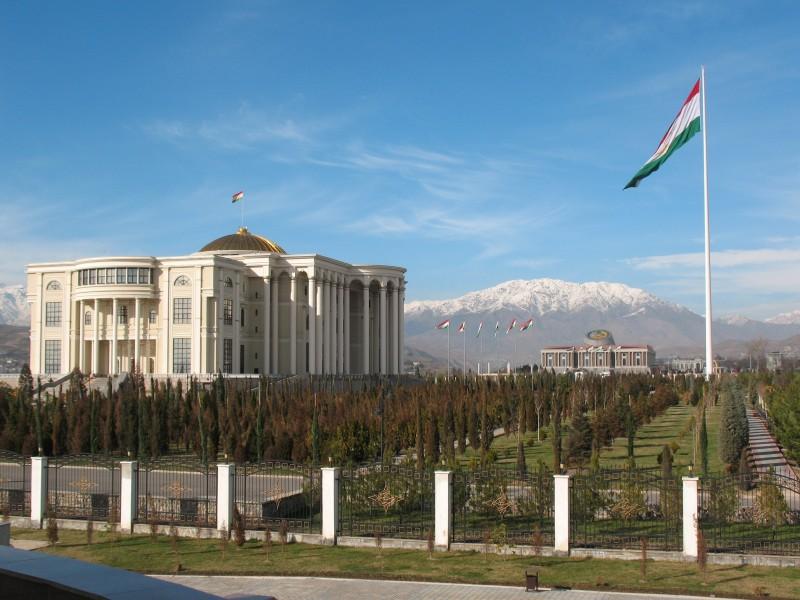 800x600_tadzhikistan-dushanbe-pravitelstvo-prezident