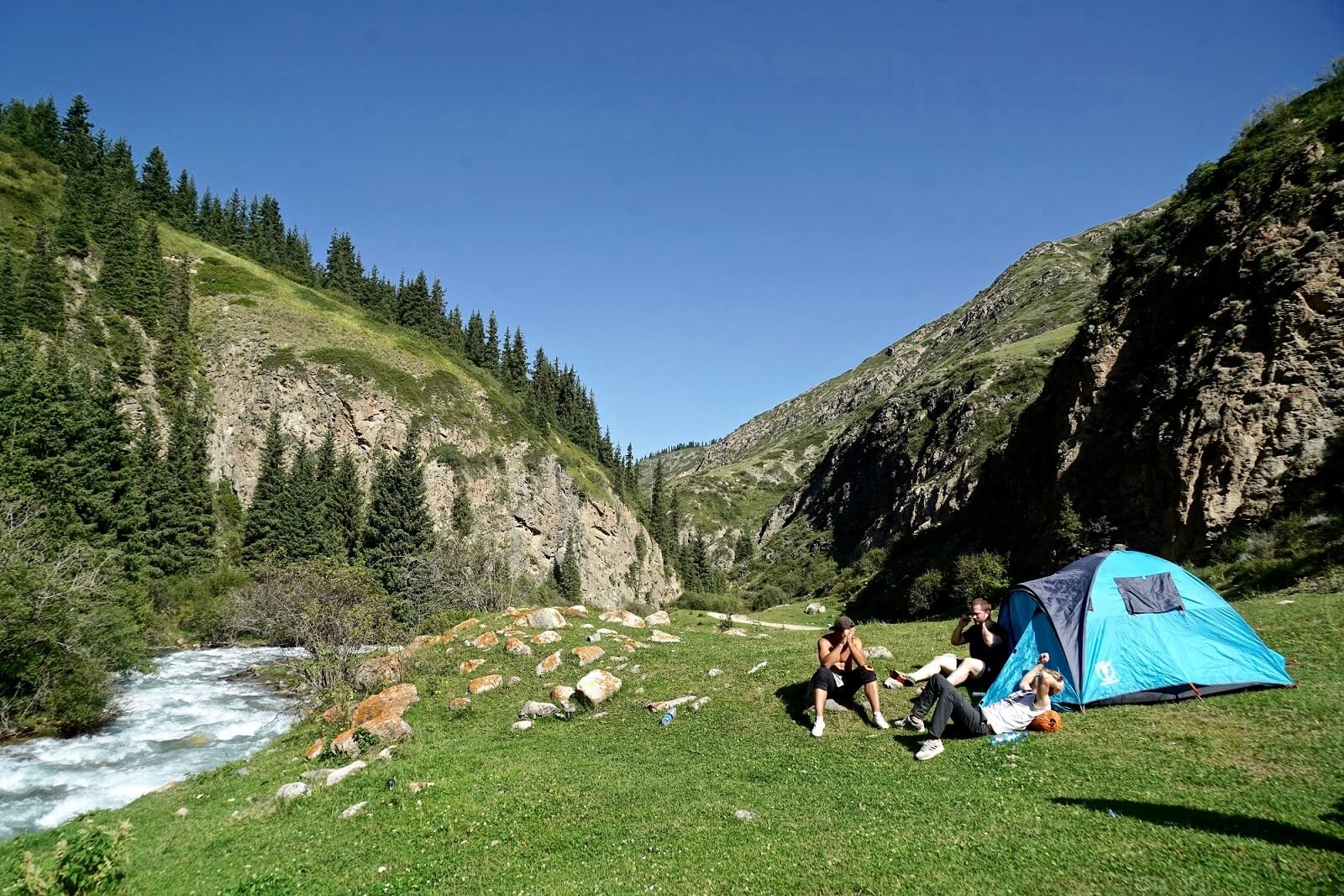 4-camping-in-mountains-kyrgyzstan